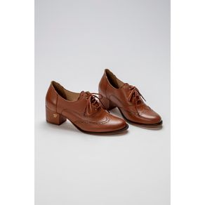 Oxford-Claire-Caramel-1