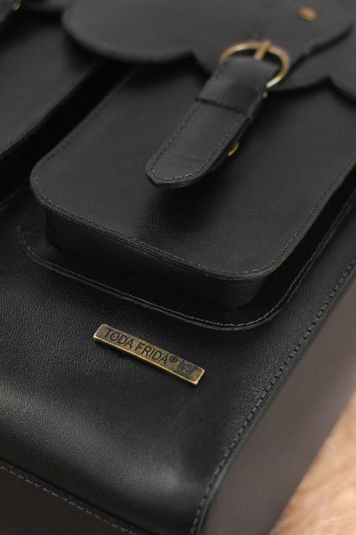 Conjunto-de-Couro-Bolsa-Viajante---Porta-Passaporte-2